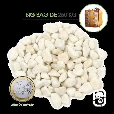 Gravier marbre blanc pur carrare 8 12 big bag 250 kg for Gravier en marbre blanc